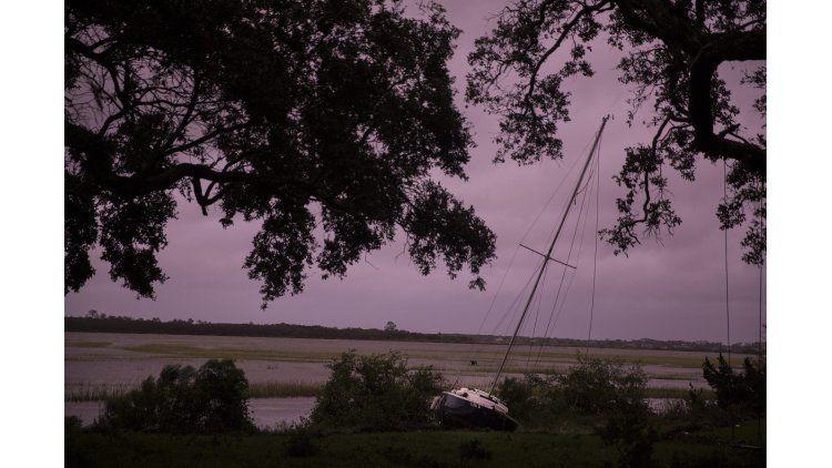 Destrozos y evacuados tras el paso del huracán Matthew por Estados Unidos