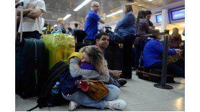 Demoras en Aeroparque por paro de LATAM y asambleas en Aerolíneas Argentinas