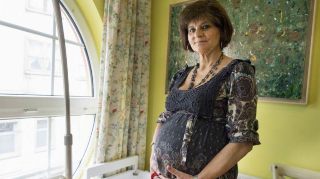 Una española fue mamá por tercera vez a los 62 años.