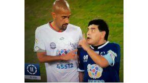 En pleno Partido por la Paz, Diego Maradona discutió con Juan Sebastián Verón