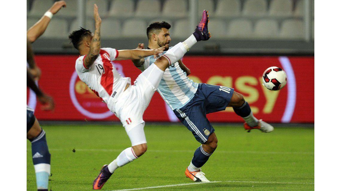 Argentina y Perú se miden por la novena fecha de Eliminatorias.
