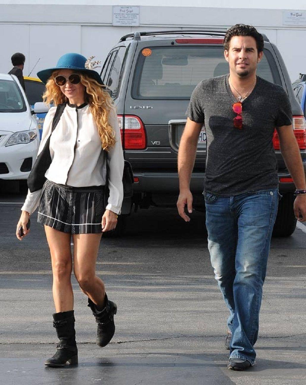 Paulina Rubio descubrió que su novio le es infiel.