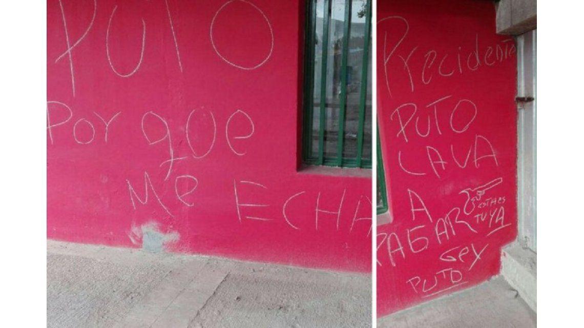 Las paredes del quincho de un club deportivo amanecieron con amenazas.