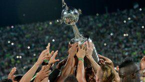 La Libertadores, el trofeo que todos quieren levantar