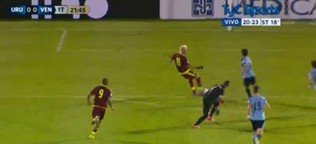 Adalberto Peñaranda se erró un gol insólito para la Vinotinto en el encuentro del Centenario entre Uruguay y Venezuela
