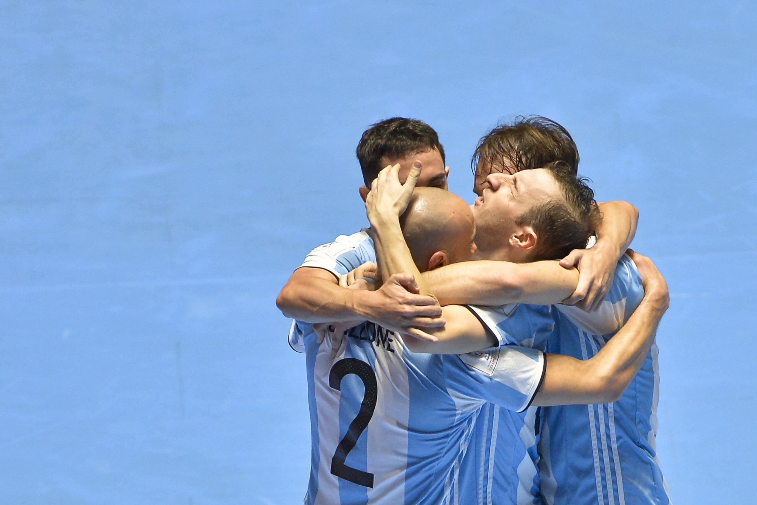 Festejo de Argentina en la final del Mundial de futsal ante Rusia en Colombia