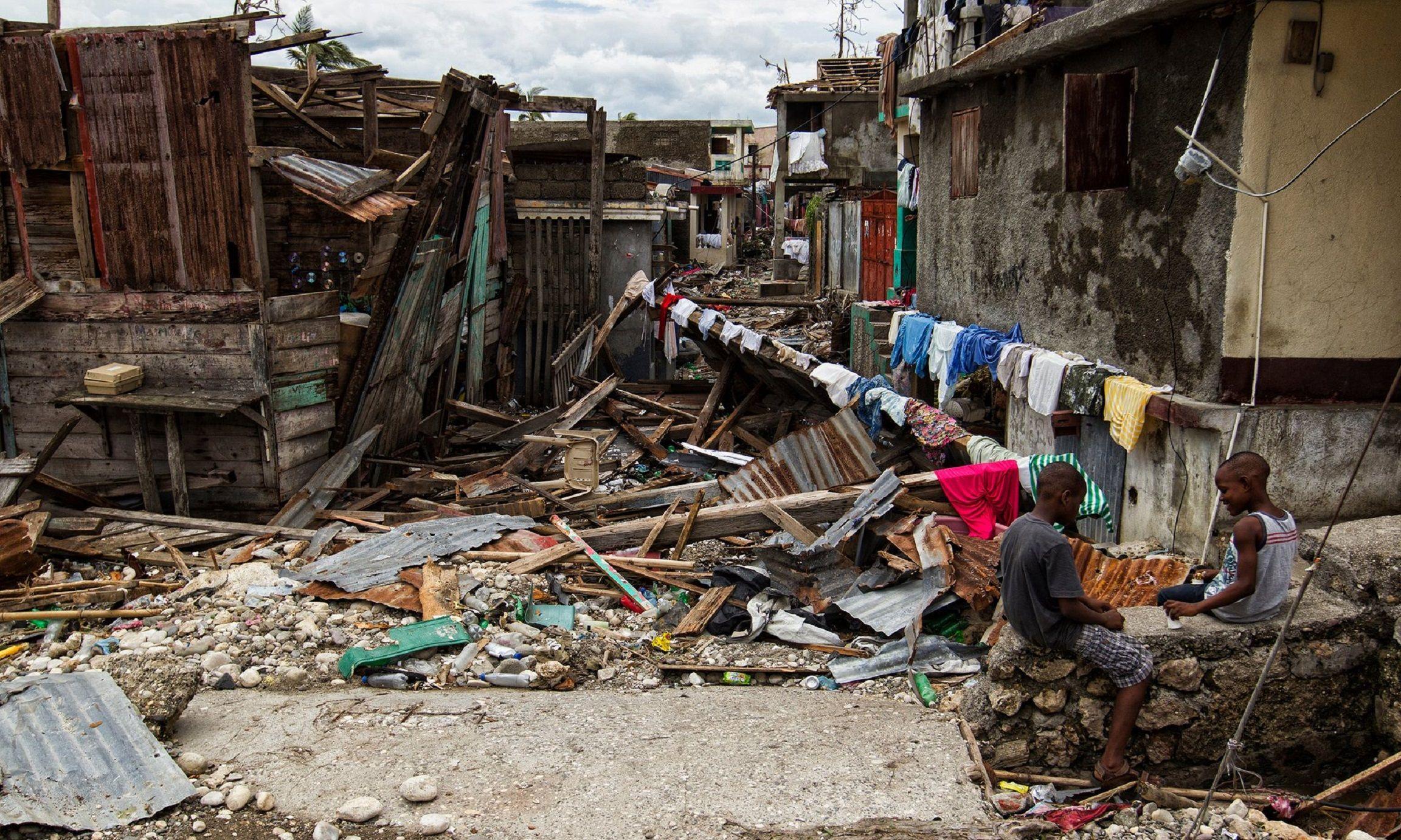 Haití, devastado por el huracán Matthew: hay más de 900 muertos