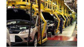 La producción de autos cayó un 16,4% en octubre.