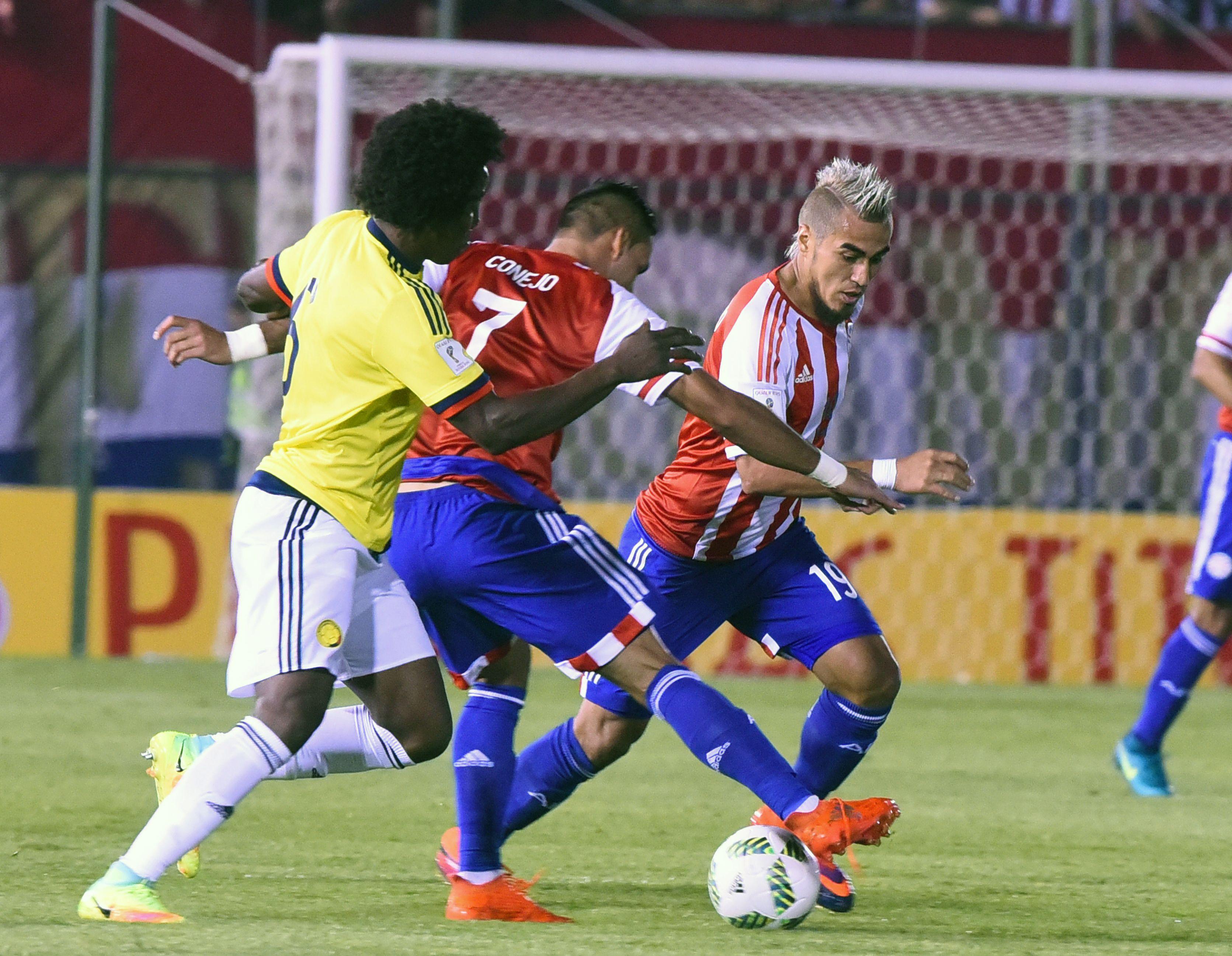 Paraguay y Colombia se enfrentan por Eliminatorias en Asunción