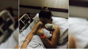 Paula Chaves tras dar a luz a Baltazar.