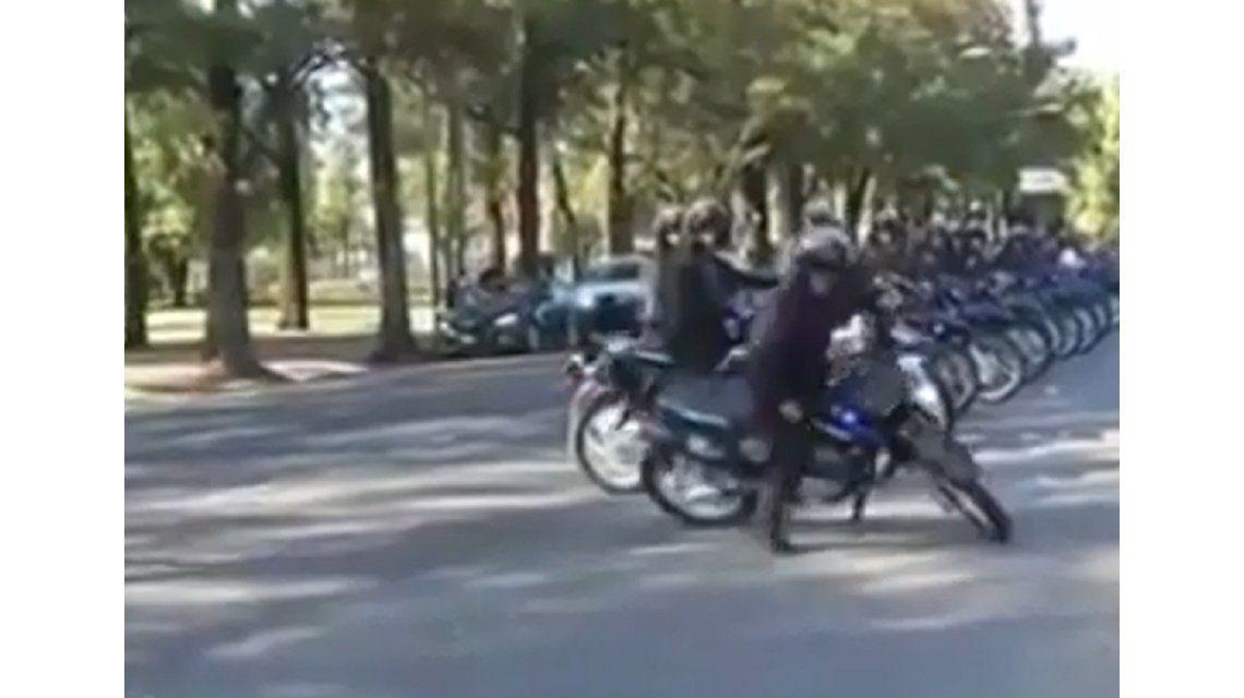 La caída del policía motorizado