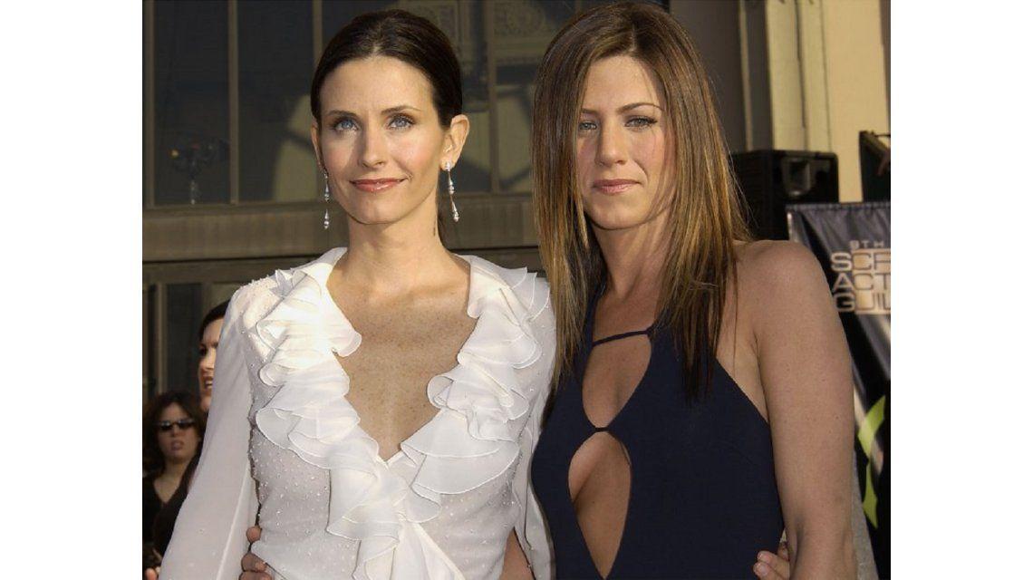 Courteney Cox defendió a Jennifer Aniston: Ella no tiene nada que ver en la separación de Brad y Angelina