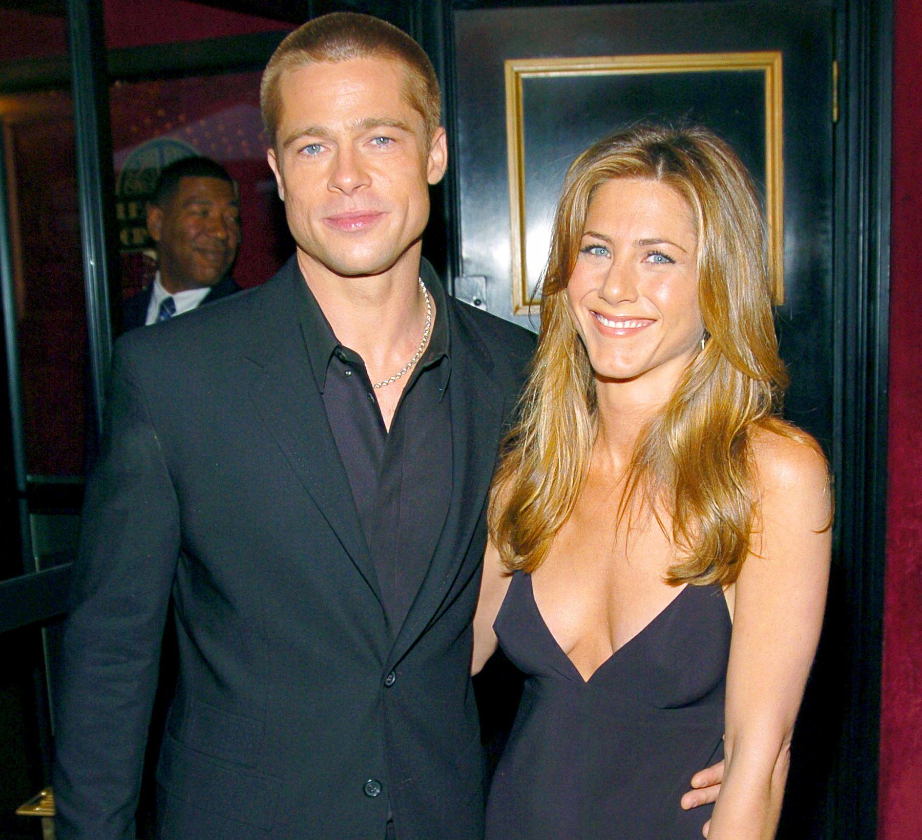 {altText(#Braniston fue una de las parejas más queridas de Hollywood,Brad Pitt y Jennifer Aniston recomponen su relación)}