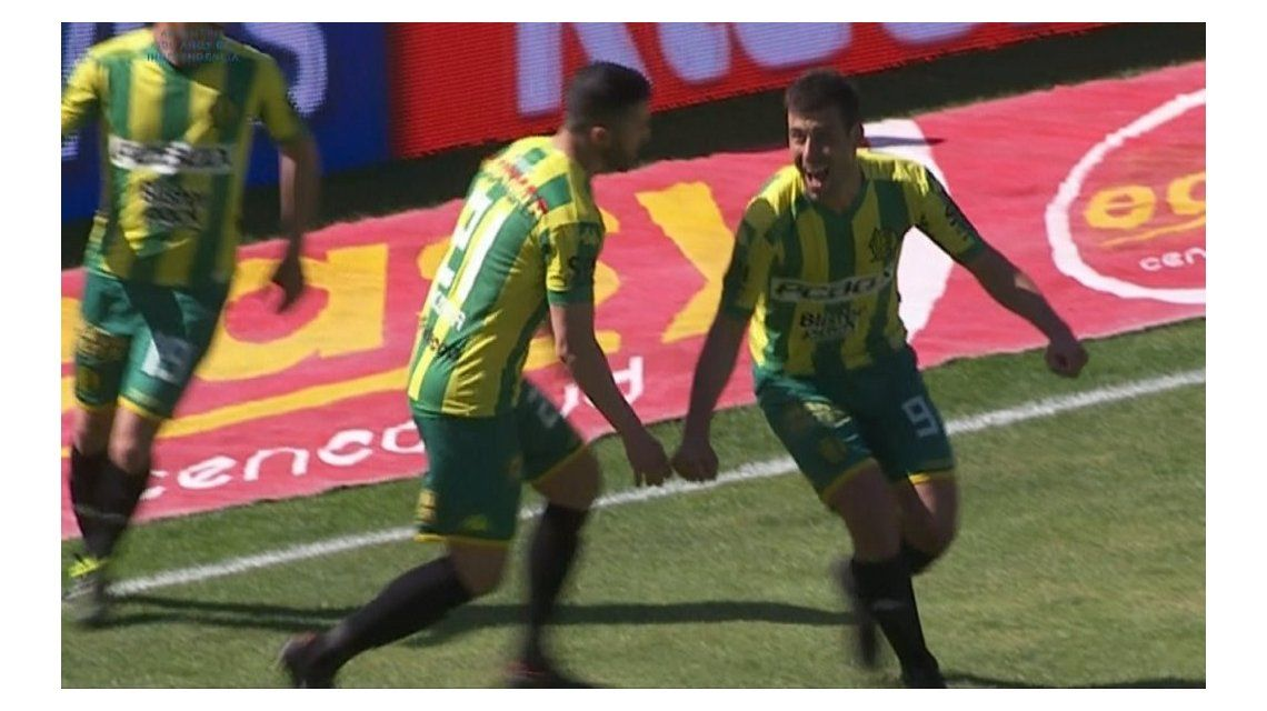 Sebastián Penco anotó los dos goles de la victoria de Aldosivi sobre Talleres en Mar del Plata