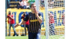 El festejo de Marco Ruben para Rosario Central ante Arsenal en el Gigante de Arroyito