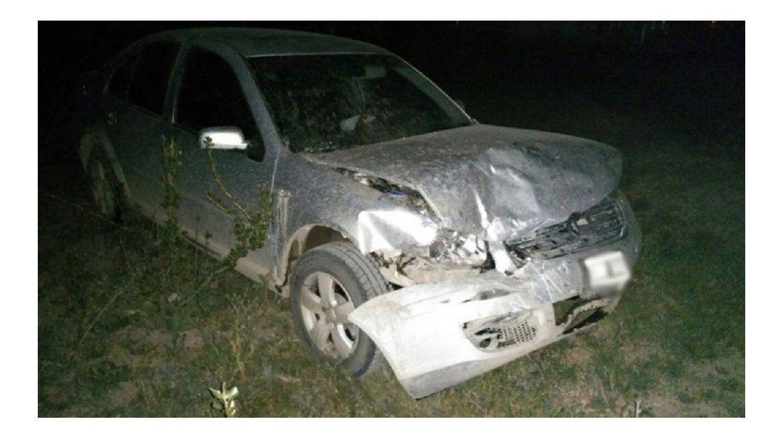Chocó a otro auto y viajó dos kilómetros con los airbags inflados hasta que lo detuvieron