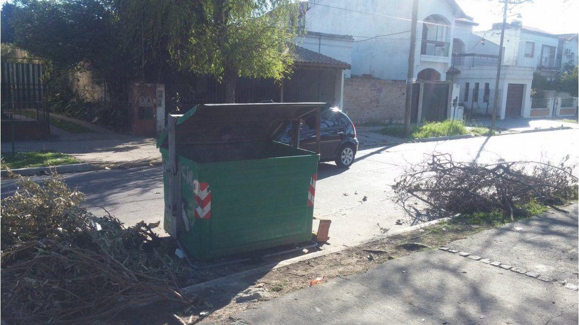 Hallaron a un bebe muerto en un contenedor de basura en Quilmes