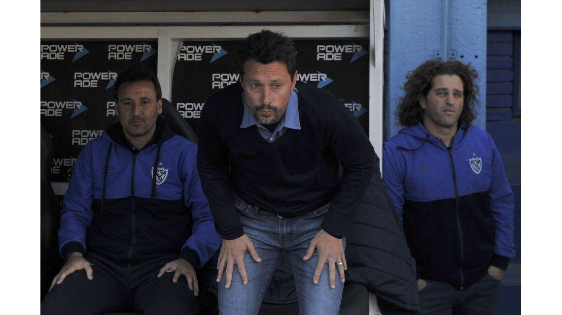 Visiblemente quebrado, Christian Bassedas confirmó que se va de Vélez