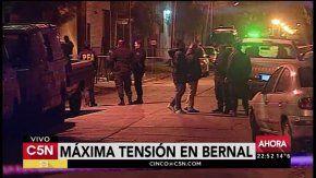 Un ex policía se atrincheró en Bernal