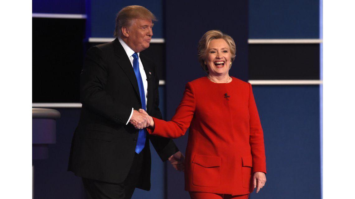 Trump y Clinton tuvieron un primer debate lleno de cruces