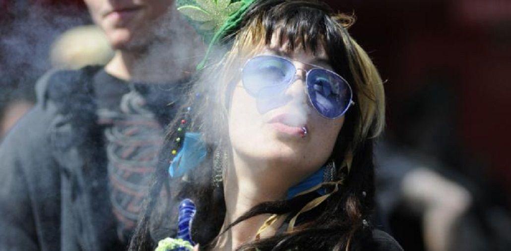Preocupante: 6 de cada 10 jóvenes probaron alguna droga ilegal