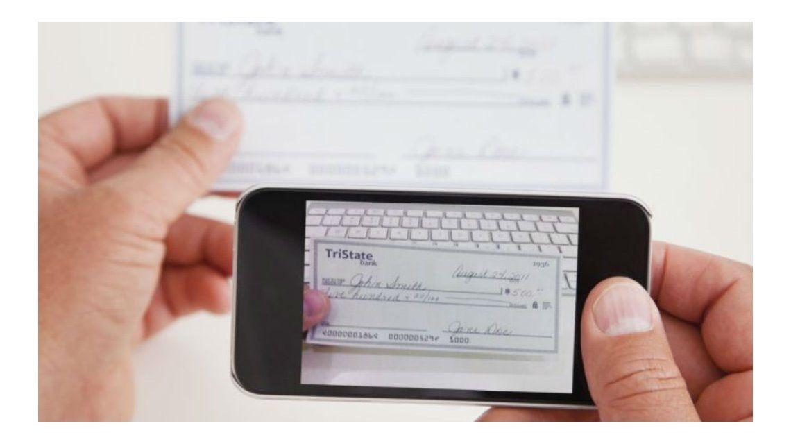 A partir de noviembre se podrá depositar cheques desde el celular