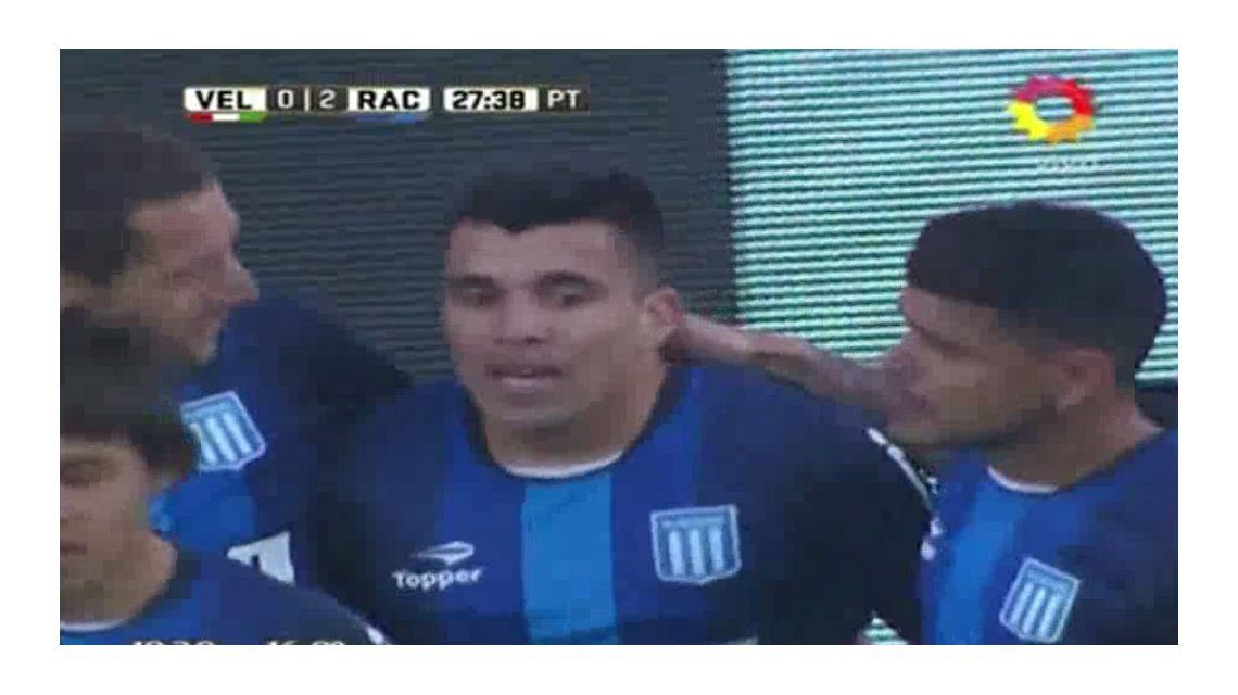Intratable: Acuña marcó dos goles y silenció el Amalfitani