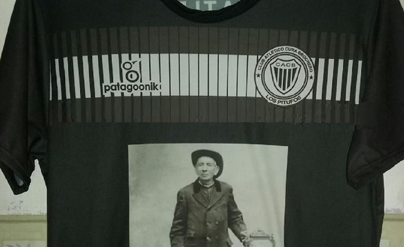 Un club cordobés buscará poder llevar al Cura Brochero en la camiseta
