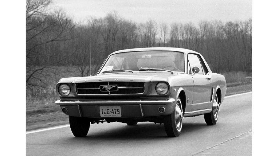 Ford inaugura la #MustangWeek en vísperas de la preventa de un clásico