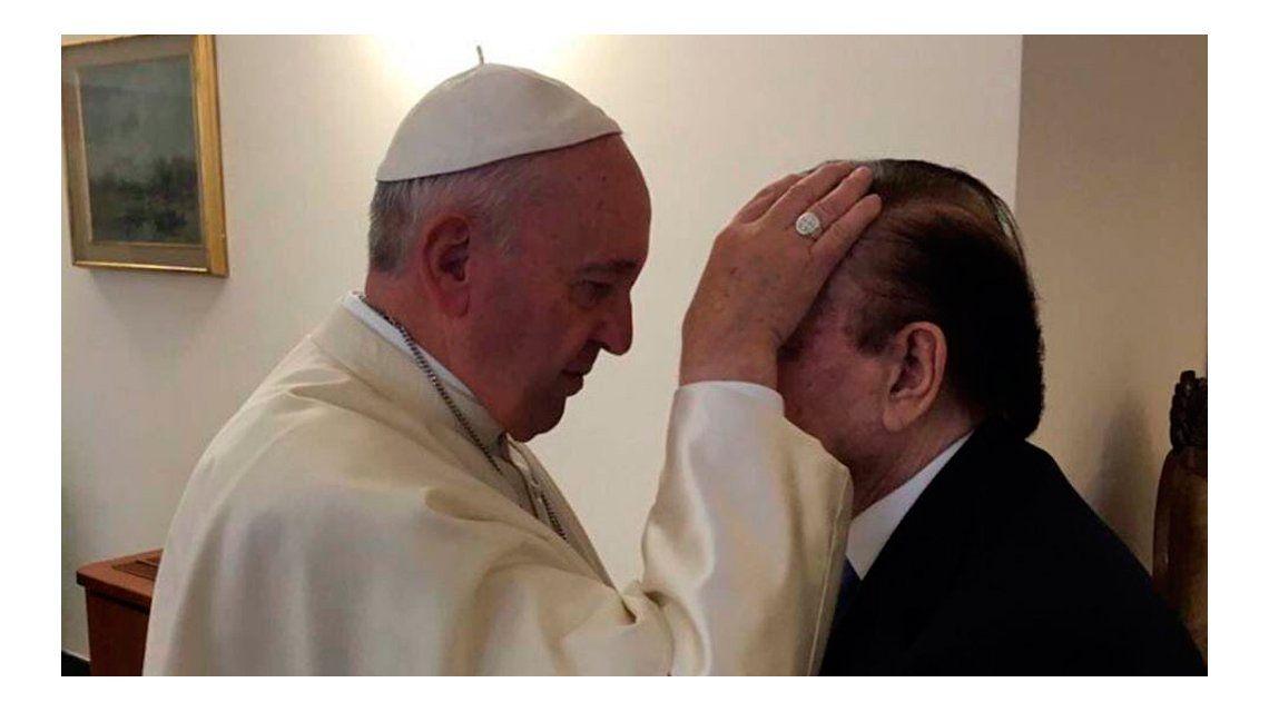 El Papa recibió a Menem en el Vaticano: ¿de qué hablaron?