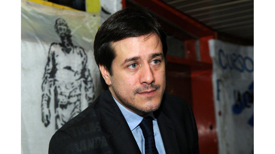 Recalde denunció que Macri apunta al cierre de Aerolíneas