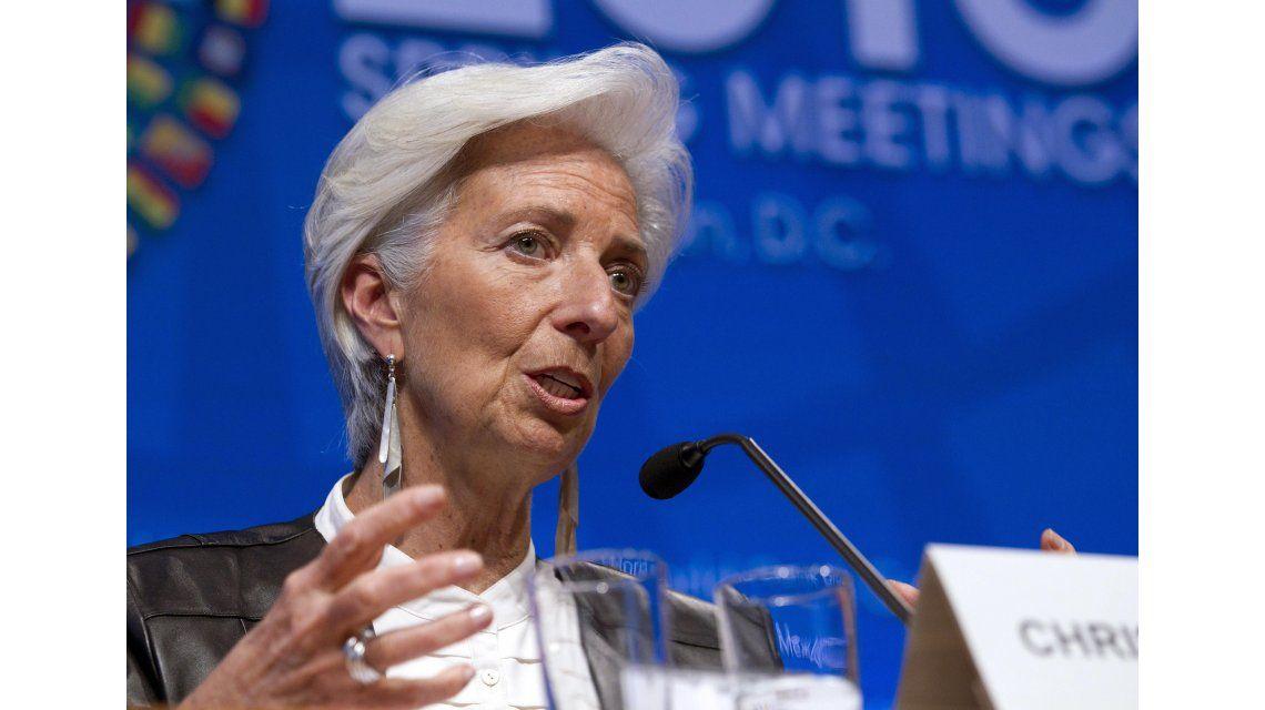 Después de 10 años, el FMI vuelve a revisar los números de Argentina