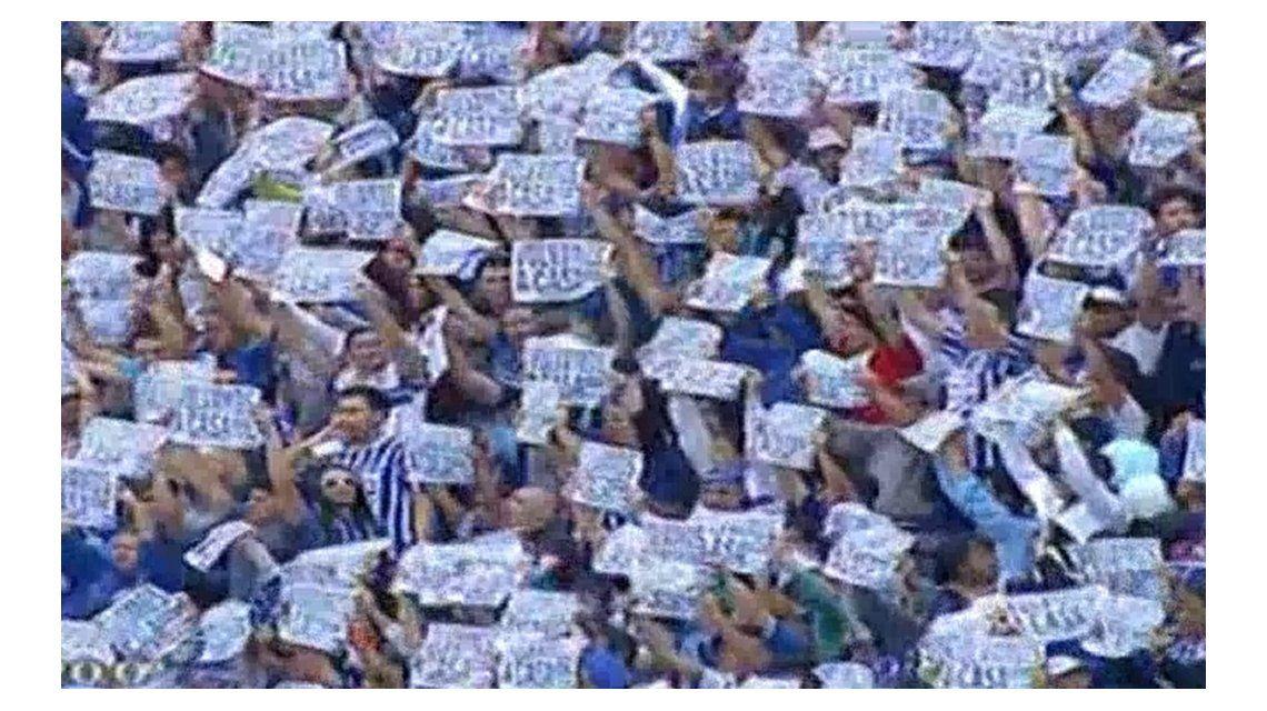 El pedido de los hinchas de Godoy Cruz en pleno duelo ante Boca: Volvamos a casa