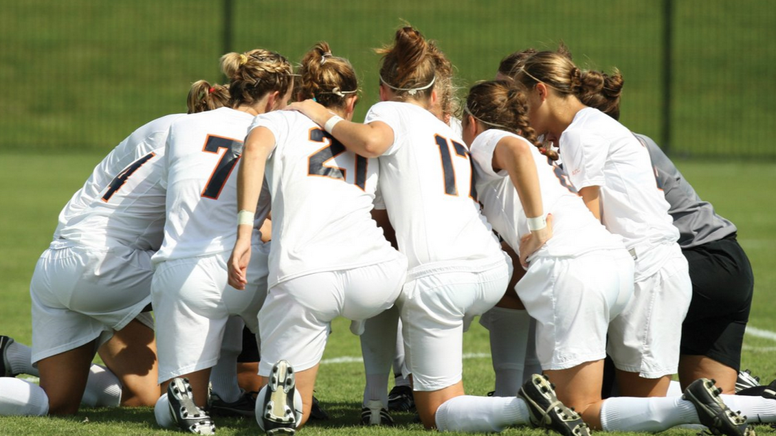 Las mujeres buscan imponerse en un lugar impensado: el fútbol