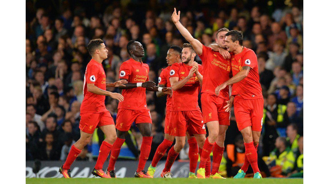 Liverpool superó al Chelsea en la apertura de la quinta fecha de la Premier League