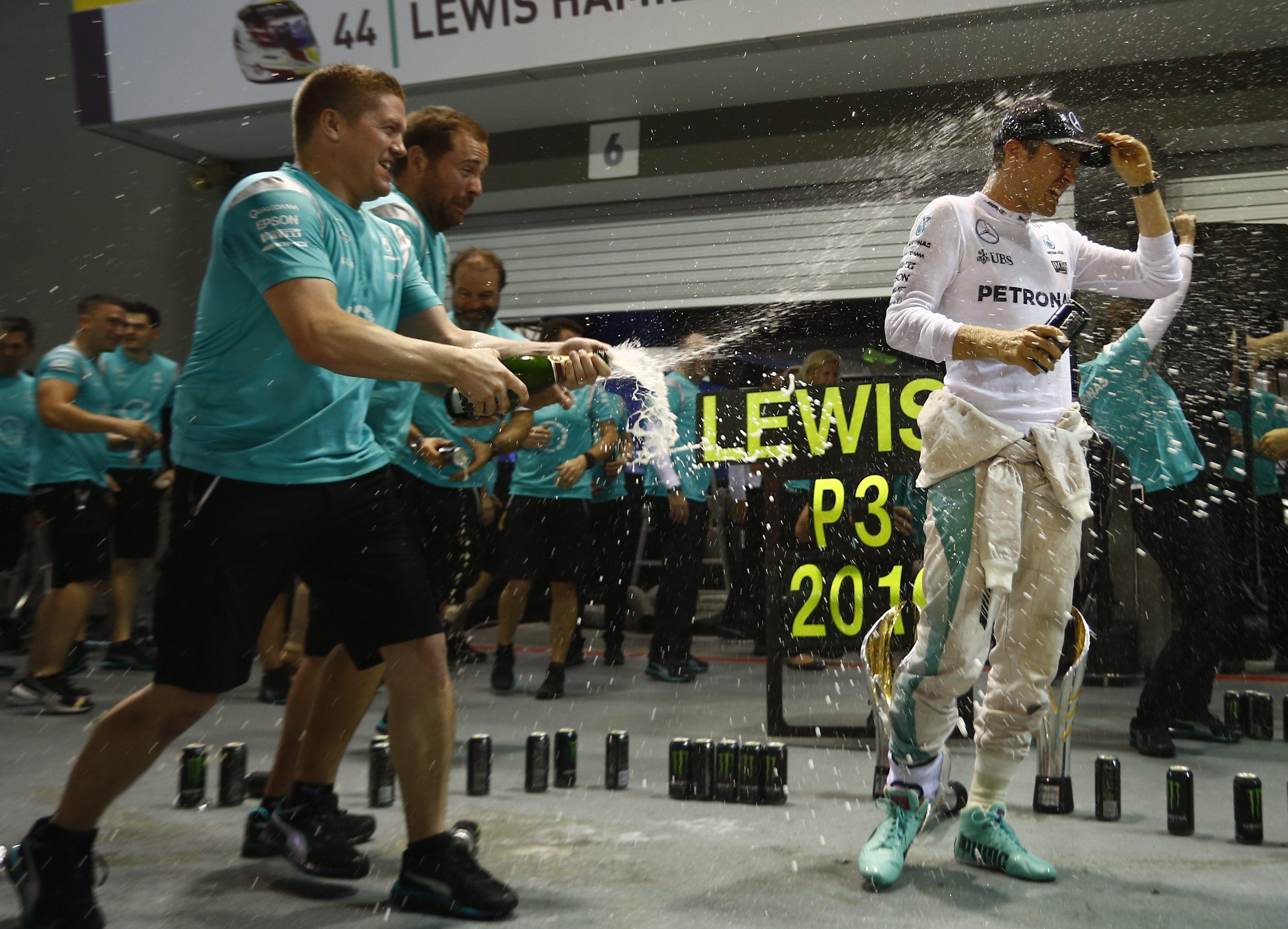 Rosberg ganó en Singapur y recuperó la punta de la Fórmula 1