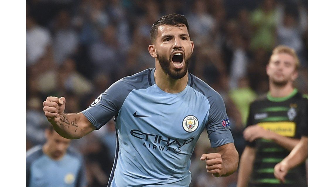 Con tres goles de Agüero, el City arrancó con el pie derecho en la Champions