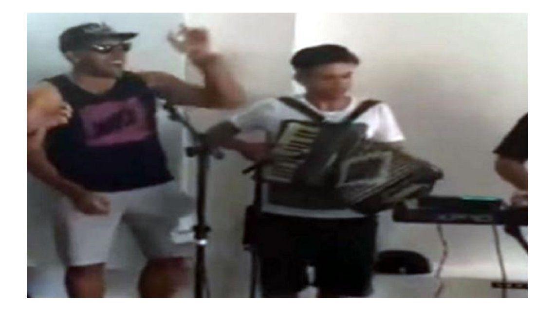 Wanchope Ábila se divirtió cantando y se animó al Brasil, decime qué se siente