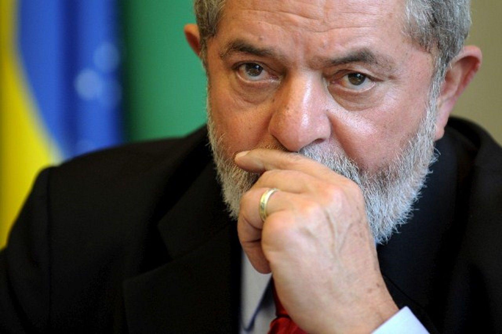Lula da Silva no descarta ser candidato a presidente en 2018