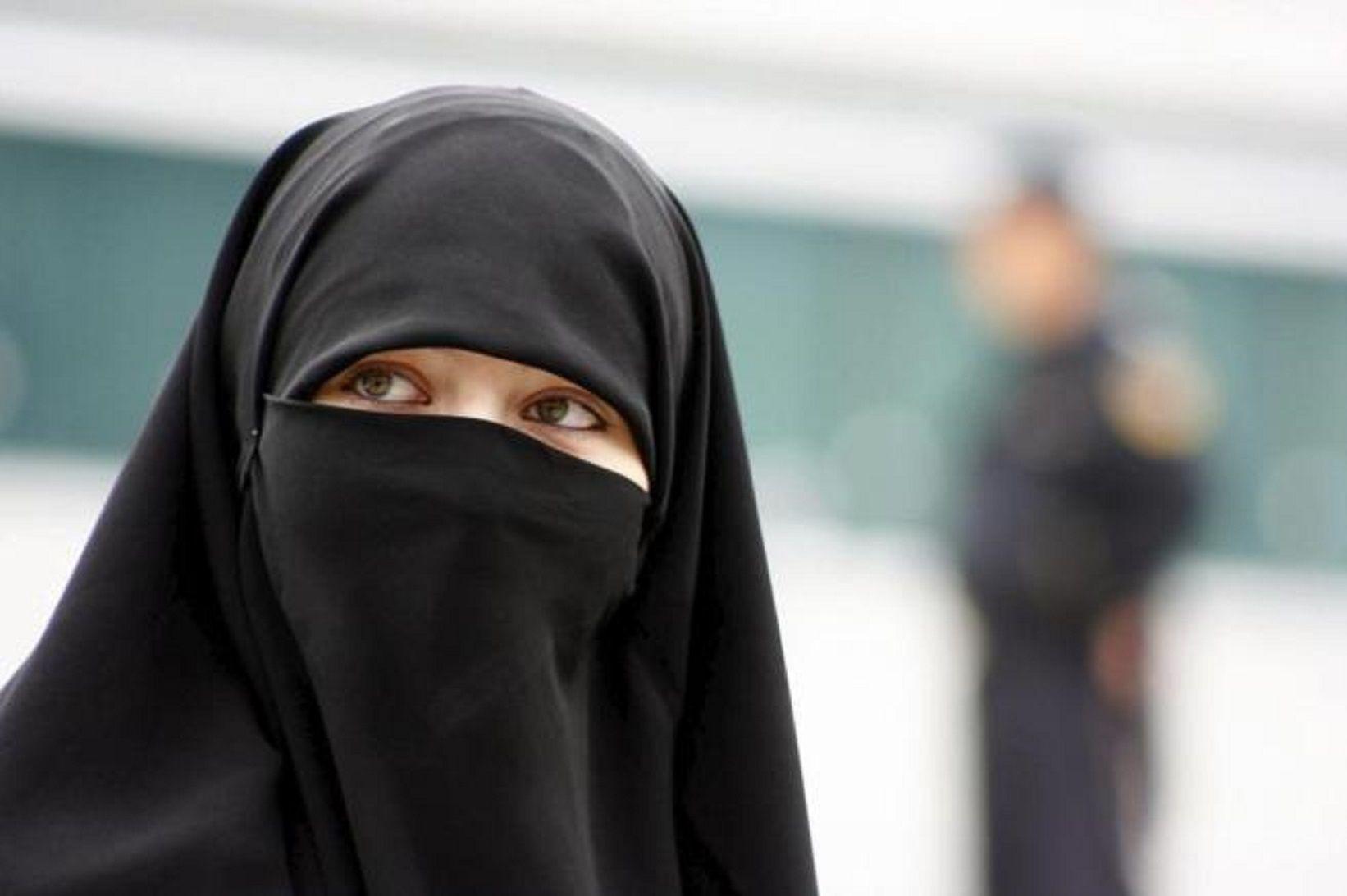 Un hombre intentó quemar a una mujer musulmana en hijab en pleno Manhattan