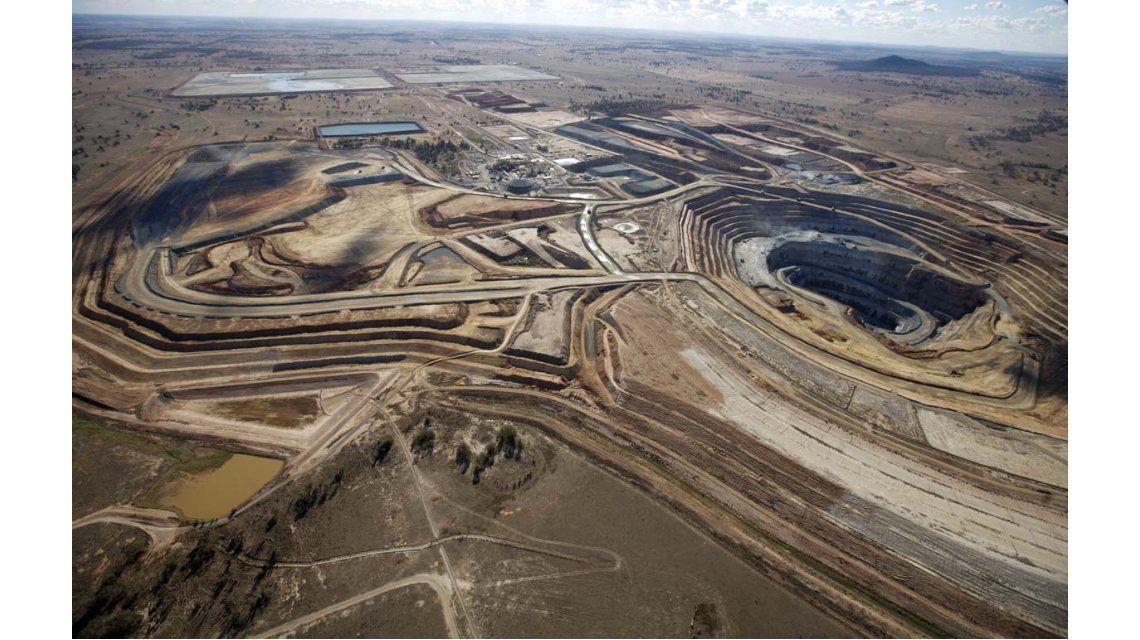 San Juan: frenan de forma preventiva la actividad en mina de la Barrick Gold
