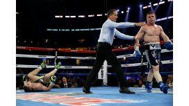 VIDEO: El gancho de Canelo que noqueó a Smith