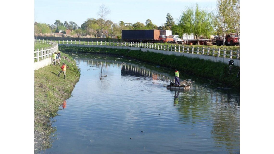 Misterio en Quilmes: encontraron ocho cadáveres en dos arroyos de Quilmes