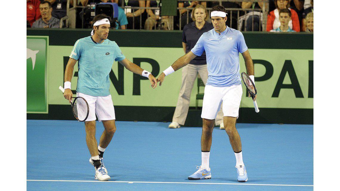 Con Del Potro en cancha, Argentina no pudo definir la serie en el dobles