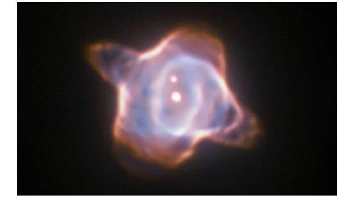 El telescopio Hubble capta el renacimiento de una estrella en tiempo real