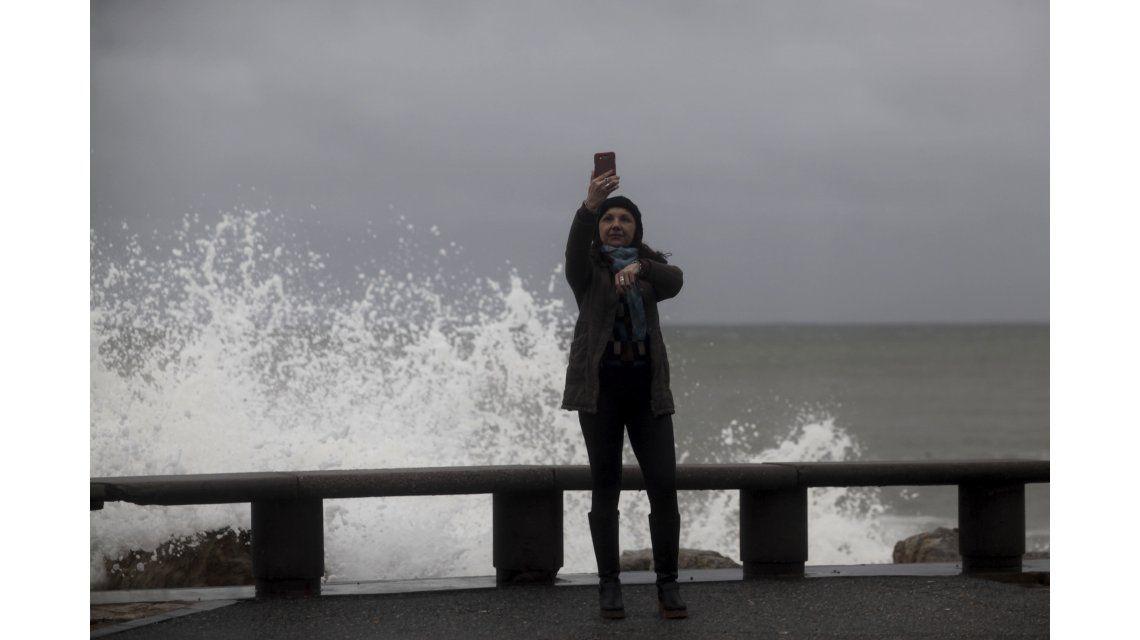 Mar del Plata: más de 200 evacuados y serios daños materiales por violento temporal