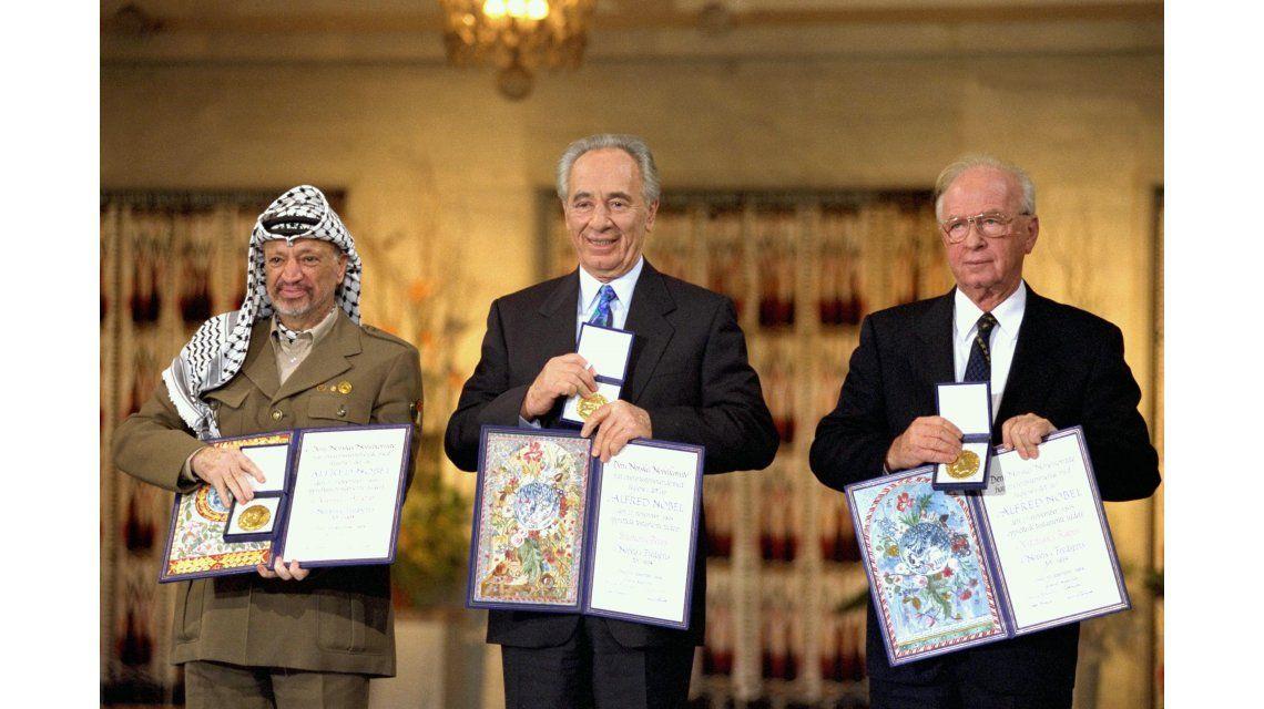 Shimon Peres sufrió un derrame cerebral y se encuentra en coma