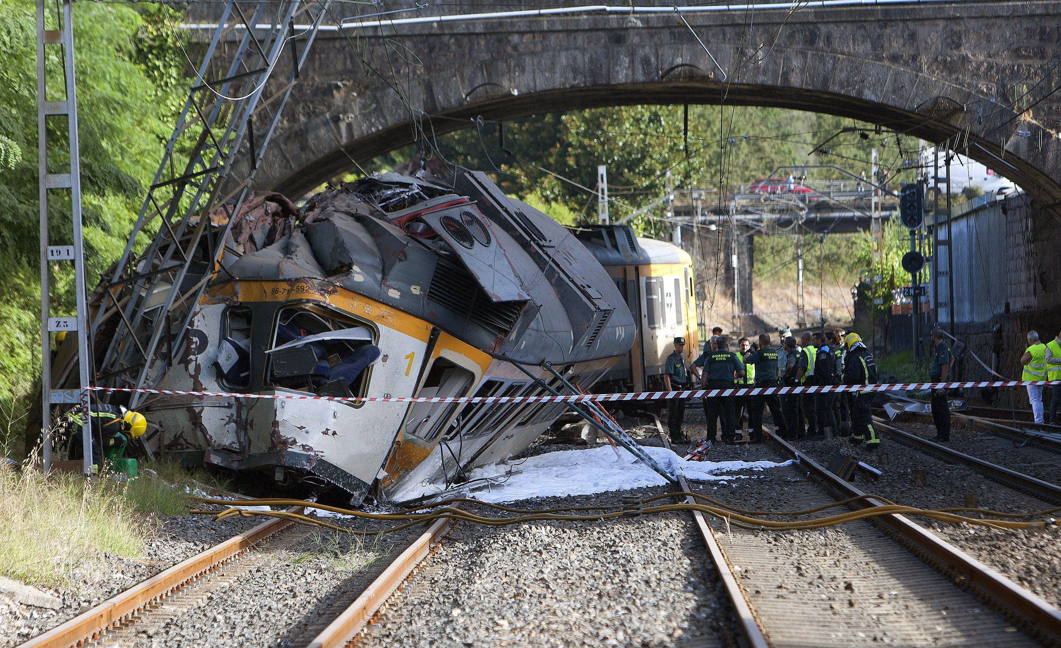 Dos argentinos resultaron heridos en el descarrilamiento del tren que dejó 4 muertos