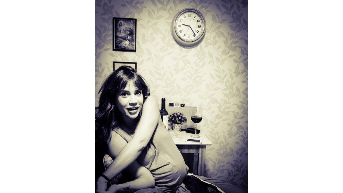 La foto casual de Celeste Cid embarazada y el romántico mensaje de Michel Noher
