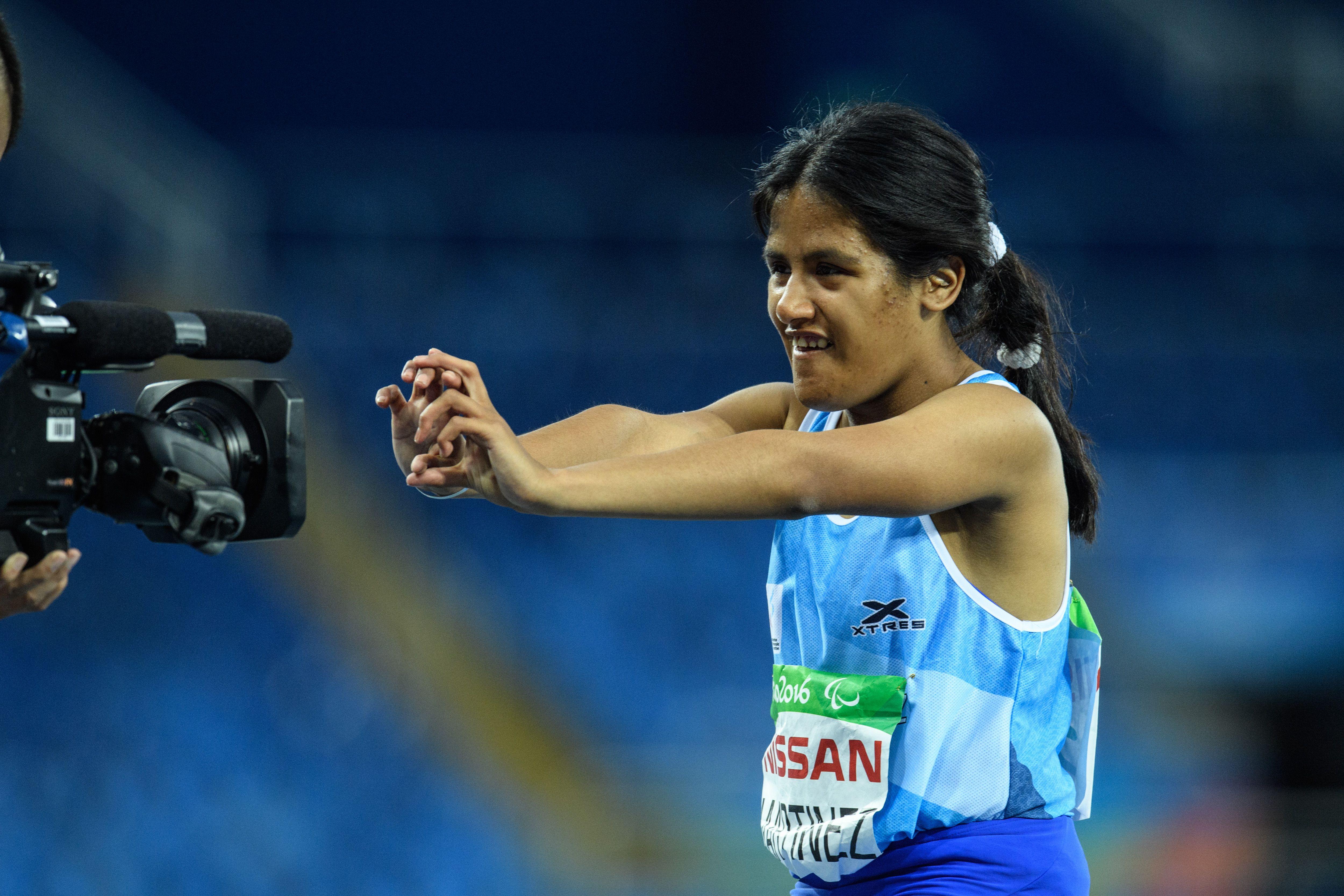 La argentina Yanina Martínez ganó el oro en los 100 metros de atletismo